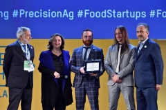 Luigi Nicolais, CNR - Diana Battaggia, UNIDO ITPO Italy - Emiliano Gentilini and Francesco Guzzonato, Green Code Srl - Marco Gualtieri, Seeds&Chips