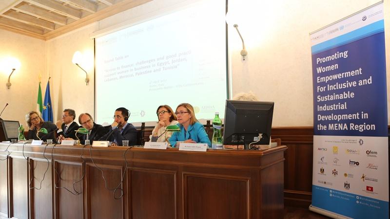UNIDO convoca la tavola rotonda su accesso ai finanziamenti per le donne imprenditrici nella regione MENA