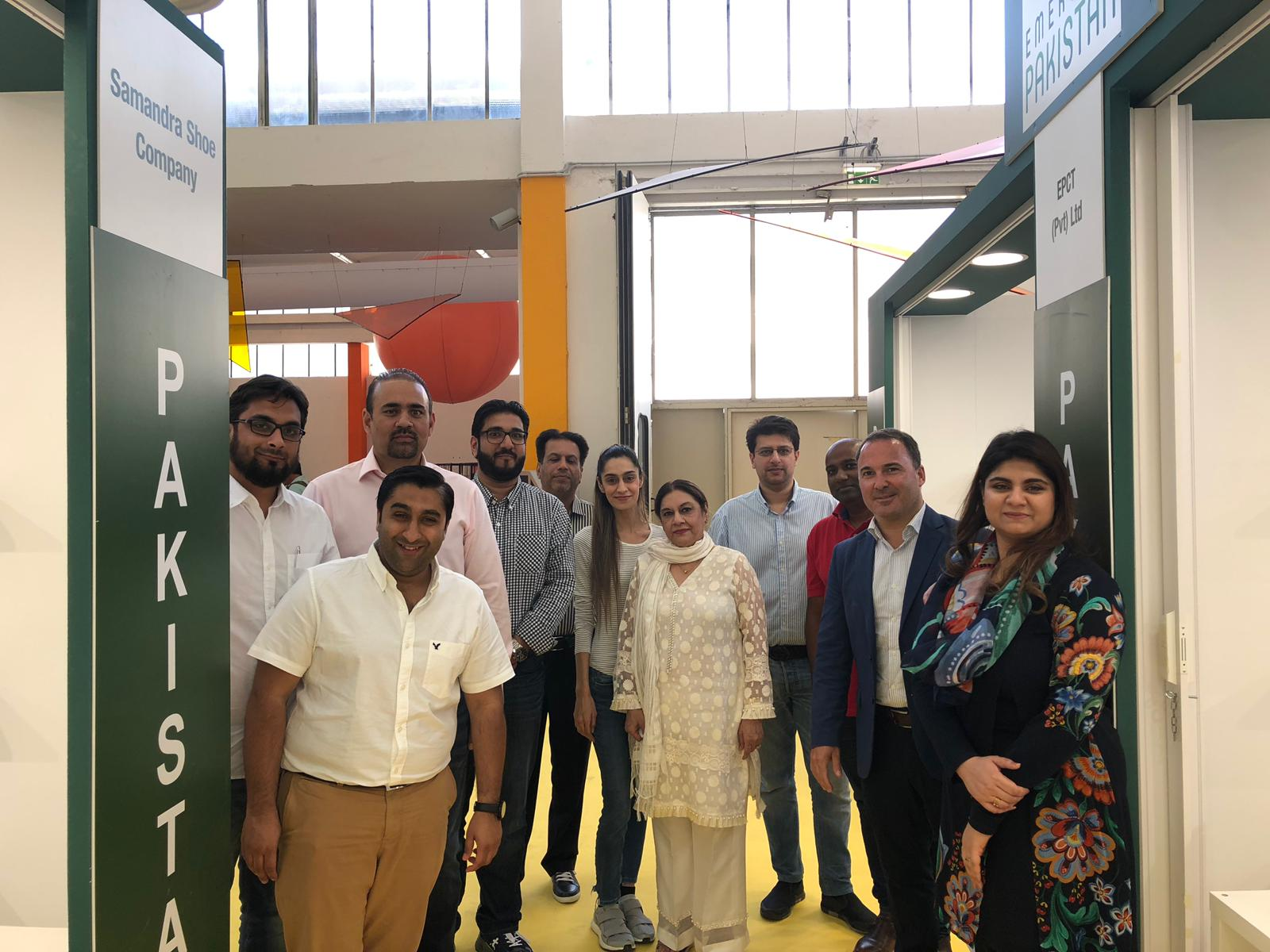Pakistani delegation supported by UNIDO ITPO Italy at ExpoRivaSchuh