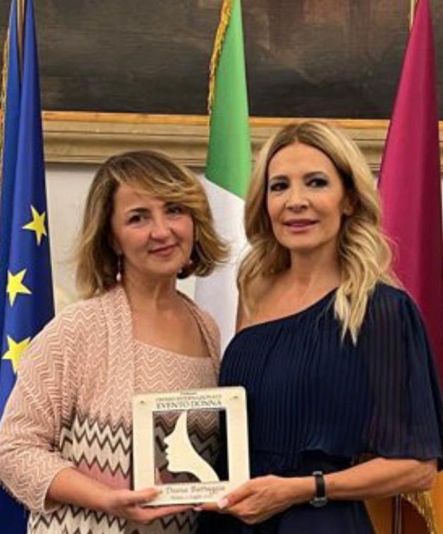 Diana Battaggia riceve il Premio Internazionale Evento Donna 2021